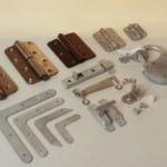 Мебельные скобяные изделия